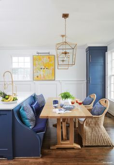 15 Narrow Dining Tables for Small Spaces (Gallery Ideas) Best White Paint, White Paint Colors, White Paints, Neutral Paint, Banquette Seating In Kitchen, Kitchen Benches, Kitchen Tables, Table For Small Space, Small Spaces