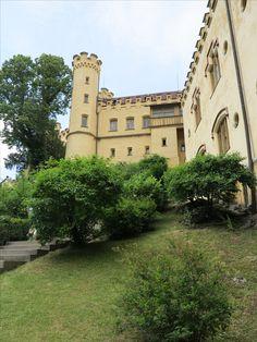 #Schloss #Hohenschwangau im #Allgäu. Wunderschön für eine #Besichtigung. #Heertümlich und viele Eigenschaften. Mansions, House Styles, Rv, Travel Advice, Viajes, Nice Asses, Manor Houses, Villas, Mansion