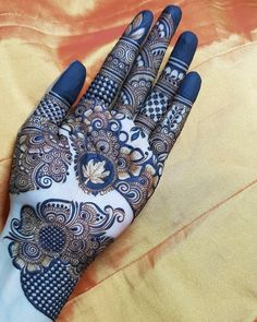 Mehndi Designs Book, Full Hand Mehndi Designs, Legs Mehndi Design, Mehndi Designs For Girls, Mehndi Designs 2018, Stylish Mehndi Designs, Dulhan Mehndi Designs, Mehndi Design Photos, Mehndi Designs For Fingers