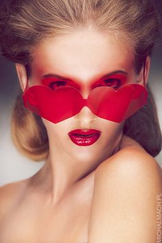love heart stories beauty make up photoshoot | Gabinet Stylu - Justyna Faliszek (mua, stylist). photo Michał Mach