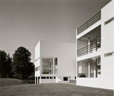 Weinstein House | 1969-1971 | Old Westbury, New York | Richard Meier