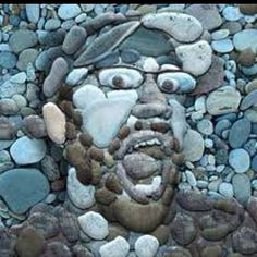 Pebble art - Illusion, or clever: