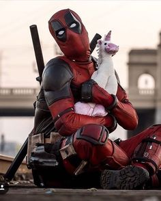 Deadpool (Ryan Reynolds) Marvel Comics – Anime Characters Epic fails and comic Marvel Univerce Characters image ideas tips Deadpool Cosplay, Deadpool Film, Deadpool Y Spiderman, Deadpool Fan Art, Deadpool Funny, Deadpool Quotes, Deadpool Tattoo, Deadpool Symbol, Deadpool 2016