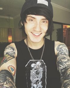Denis Stoff is so pretty im gonna cry