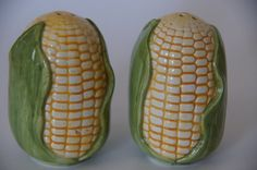 Corn Cob salt and pepper shakers by TheVintageBoomer on Etsy