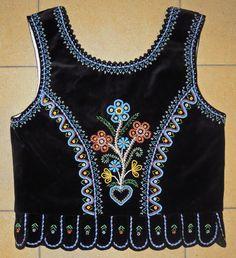 Region of Nowy Sacz Polish Embroidery, Embroidery On Clothes, Embroidery Dress, Hand Embroidery, Embroidery Designs, Folk Costume, Costumes, Pakistani Party Wear Dresses, Polish Folk Art