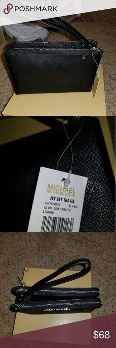 Michael kors double zip wristlet Sparkle black  double zip jet set.  NWT.  super cute Michael Kors Bags Clutches & Wristlets