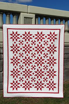 Making a Traditional Red and White Quilt Star Quilt Blocks, Star Quilts, Nancy Zieman, Two Color Quilts, Christmas Quilt Patterns, Red And White Quilts, Quilt Of Valor, Quilting Room, Colorful Quilts