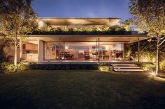 Casa Caúcaso, no México, com projeto de JJRR/ARQUITECTURA