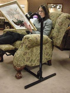 Hand Dyed Fibers Forums-viewtopic-Recliners and Stitching Floor Stands