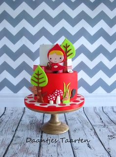 super cute kawaii birhtday cake decoration Little Red Riding Hood Cake Baby Cakes, Girly Cakes, Sweet Cakes, Cute Cakes, Fondant Cakes, Cupcake Cakes, Little Girl Cakes, Red Riding Hood Party, Sugar Cake