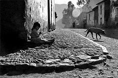 Sergio Larrain: Pisac, Peru, 1960.