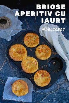 Brioșe aperitiv cu iaurt și șunculiță, o rețetă atât de ușoară, care permite destul de multe abateri, adăugiri și interpretări, dar care iese mereu gustoasă și care te salvează la orice masă a zilei. Asta e marea calitate a brioșelor, fie ele dulci sau sărate: sunt bune oriunde și oricând 🙂 Healthy Diet Recipes, Cooking Recipes, Romanian Food, Weekly Menu, Biscuits, Muffins, Sandwiches, Easy Meals, Food And Drink