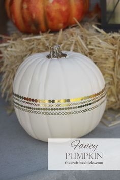 How to make a Fun and Fancy Pumpkin by The Crafting Chicks.  #TrickYourPumpkin  #sweepstakes @MichaelsStores.
