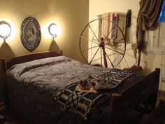 Our Guest Room with old rope bed, trundle and walking wheel is one of my favorites spots to sit and think. Colonial Bedroom, Primitive Bedroom, Sleep Late, Country Decor, House Tours, Bedroom Decor, Bedroom Ideas, Guest Room, Primitives