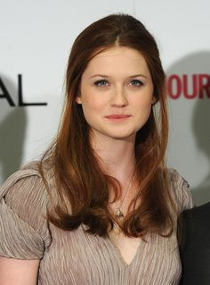 Bonnie Wright Photos - Actress Bonnie Wright poses in the winners room at the National Movie Awards 2010 at the Royal Festival Hall on May 2010 in London, England. Bonnie Wright, Bonnie Francesca Wright, Ginny Weasley, Carrie Underwood, Emma Watson, Jennifer Lawrence, Jessica Brown Findlay, Harry Potter Characters, Celebrity Crush