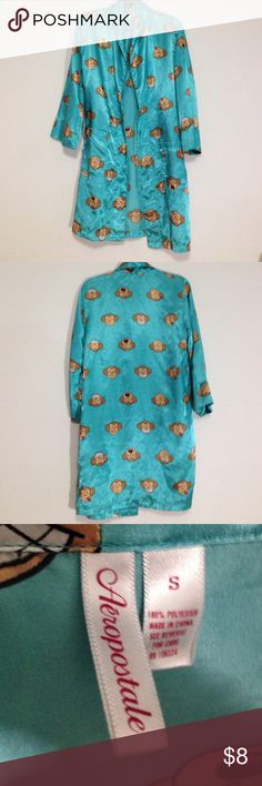 Very silly and cute night robe Super cute has monkeys with many different faces. Size small or size 4-6. Very comfy Aeropostale Intimates & Sleepwear Robes