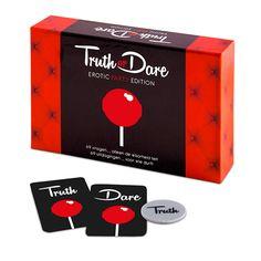 De makers van het wereldwijd geliefde erotische spel 'Ultiem Verlangen' brengen nu ook het bekende spel 'Truth or Dare' uit in een erotische uitvoering! Het spel bestaat uit 69 pikante vragen en 69 uitdagende opdrachten. Dit spel is gewaagd, ondeugend en spannend!