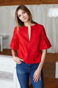 How to wear the red tops which suits your needs red tops emerson fry Fashion Wear, Fashion Dresses, Womens Fashion, Blouse Styles, Blouse Designs, Red Blouses, Ruffle Top, Ruffle Sleeve, Casual Outfits