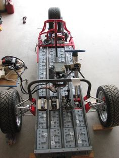 Described as a battery box on wheels, Gary Krysztopik's ZW2C electric trike is little more than...