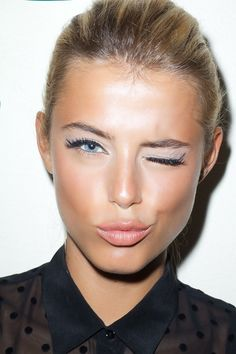 pale pink eye shadow + winged liner + peach blush + pale lips