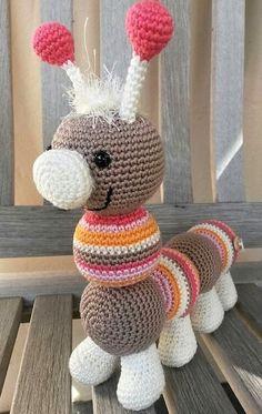 Mesmerizing Crochet an Amigurumi Rabbit Ideas. Lovely Crochet an Amigurumi Rabbit Ideas. Crochet Diy, Easy Crochet Projects, Crochet Amigurumi, Love Crochet, Bead Crochet, Crochet Dolls, Crochet Hats, Chenille, Crochet Animal Patterns