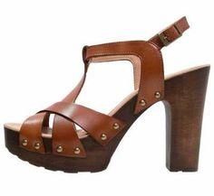 Disfruta De Unas Sandalias Con Plataforma Elegantísimas y muy confortables, las sandalias con plataforma de mujer forman parte del conjunto de los calzados