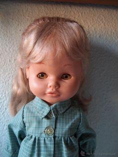 Muñeca Maripili de Famosa