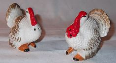 Vtg 1950s-1960s Ceramic Pottery THANKSGIVING TURKEY Figure Salt & Pepper Shakers - http://collectibles.goshoppins.com/holiday-seasonal/vtg-1950s-1960s-ceramic-pottery-thanksgiving-turkey-figure-salt-pepper-shakers/