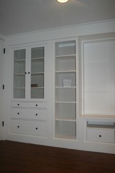 You can tell a lot of time was put into this. Extremely well done. Makes it look like a quaint historic home. IKEA Hackers