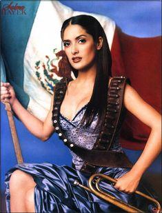 The Goddess known as Salma Hayek in Adelita garb. Beautiful Mexican Women, Estilo Cowgirl, Chola Girl, Mexican Art Tattoos, Mexican Artwork, Salma Hayek Photos, Chola Style, Selma Hayek, Aztec Culture