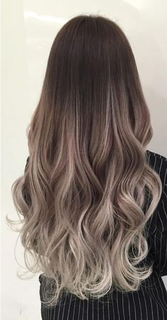 When you will search for a hair color idea which will give you a hot representation, you must experiment a large number of option from a huge amount of hair color options. But to reduce your such trouble, we have collected the best options of hottest hair Grey Balayage, Hair Color Balayage, Hair Highlights, Haircolor, Spring Hairstyles, Pretty Hairstyles, Long Wavy Hairstyles, Hairstyle Ideas, Bob Hairstyles