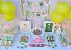 OVER THE TOP! girl scout bridging up cake | Girl Scouts Guest Dessert Feature « SWEET DESIGNS – AMY ATLAS ...