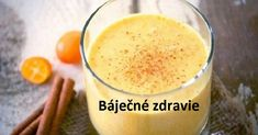 How to best start your day with? Imagine an amazing antioxidant-loaded smoothie that is full of medicinal benefits. This turmeric smoothie recipe will be ideal for you. Healthy Reasons for Taking Turmeric Turmeric belongs to the rhizomatous. Smoothie Curcuma, Turmeric Smoothie, Juice Smoothie, Smoothie Drinks, Healthy Smoothies, Healthy Drinks, Healthy Recipes, Antioxidant Smoothie, Healthy Food
