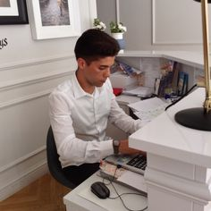 """Say """"Hello!"""" to the newest member of our reception, Federico! #TFKHTeam counts another receptionist now, passioned for service as everyone here in The Fifteen Keys Hotel! #thefifteenkeyshotel #fifteenkeys #feelshomey #italy #rionemonti #rome #reception #receptionist"""
