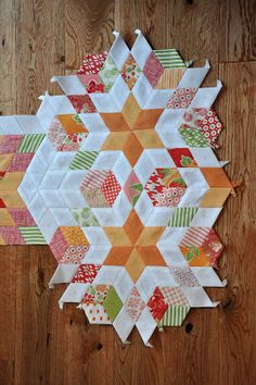 PLEASANT HOME: 6 Point Diamond Paper Pieced Quilting
