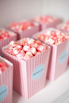 Pretty in Pink Popcorn / http://savethedateforcupcakes.wordpress.com/2012/08/14/candy-shop-wedding/