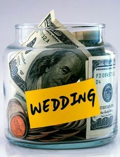 Easy ways to save money on your wedding!