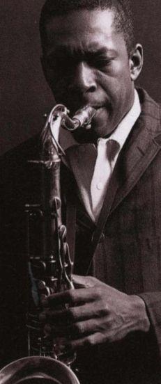 La obra de Coltrane está conscientemente vinculada al contexto sociohistórico en que fue creada (en concreto, a la lucha por los derechos civiles de los negros) y, en muchas ocasiones, busca una suerte de trascendencia a través de determinadas implicaciones religiosas, como se puede advertir en la que es considerada por la crítica su obra maestra, A Love Supreme.