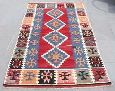 Tapis Kilim turc 45'' x 73'' à la main tissé Kayseri Kilim 115x187cm par SirvanRugStore sur Etsy https://www.etsy.com/fr/listing/520646476/tapis-kilim-turc-45-x-73-a-la-main-tisse