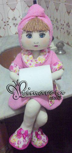 boneca de pano porta papel higiênico
