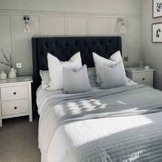 Room Ideas Bedroom, Small Room Bedroom, Home Decor Bedroom, Bedroom Wall, Master Bedroom, Hotel Bedroom Design, Grey Bed Frame, Dream Rooms, New Room