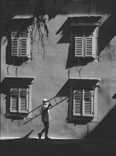 Stanko Abadzic (born 1952 in Vukovar) is a Croatian photographer and photojournalist. He lives and works in Zagreb, Croatia. Black White Photos, Black And White Photography, Photo Awards, Image List, Editing Pictures, Picture Sizes, Photomontage, Light And Shadow, Light In The Dark
