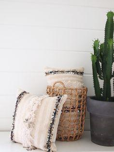 Vintage Handira-tyynynpäälliset skandinaaviseen sisustukseen.