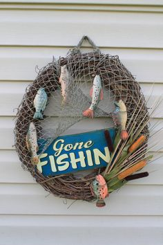 Fishing wreath. Gone fishin. Father's Day gift. by JBakerDesign @ Etsy