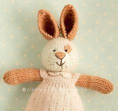 This is a free pattern supplement to my girl animal patterns or my 'seasonal dresses' pattern.