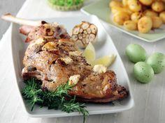 """Αρνάκι """"Γκιούλμπασι"""" στη λαδόκολα Greek Recipes, Lamb, Food And Drink, Turkey, Cooking Recipes, Dishes, Chicken, Meat, Greek Beauty"""