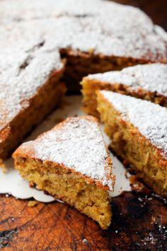 Torta Matilde con mandorle e nocciole senza burro vickyart arte in cucina