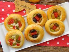 Pastane Usulü Minik Pizza Resimli Tarifi - Yemek Tarifleri