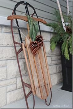 Vintage Sled DIY decor idea for winter and Christmas. See all the outdoor and indoor decorating ideas in this holiday home tour! Christmas Sled, Primitive Christmas, Rustic Christmas, Vintage Christmas, Primitive Snowmen, Primitive Crafts, Primitive Stitchery, Primitive Patterns, Christmas Things